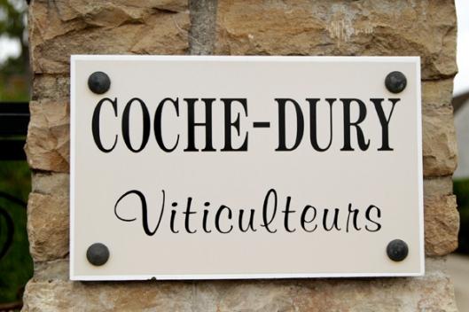 Coche Dury signage